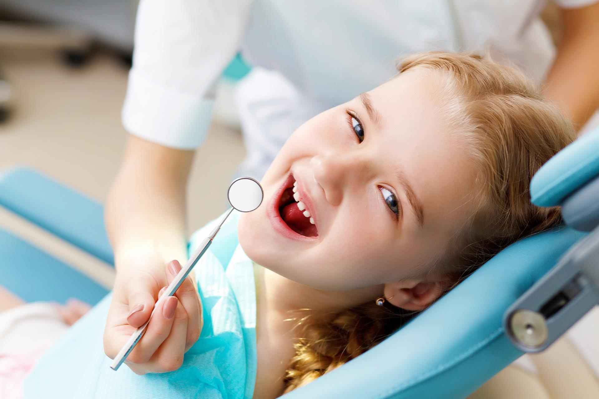 child dentist ahmedabad pediatric kids baby toddlers dental clinic satellite