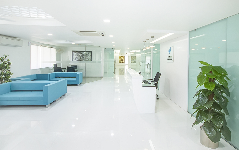 Teeth care centre dental hospital ahmedabad gujarat india dentist dental clinic nirav patel pankti patel best interior health care doctor dentistry (2)